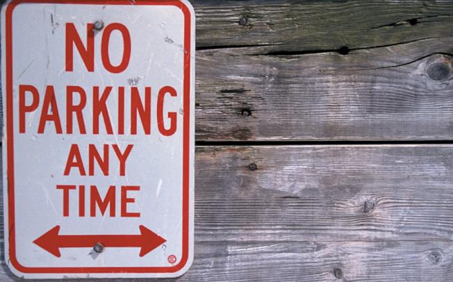 City establishes no parking areas