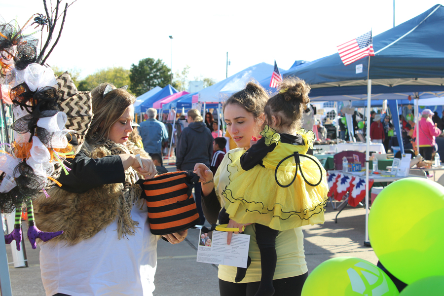 Fallfest features fun, freezing temps