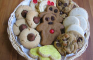 Plan a Christmas cookie party with friends
