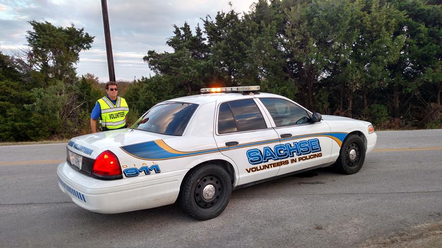 Volunteer program helps police officers