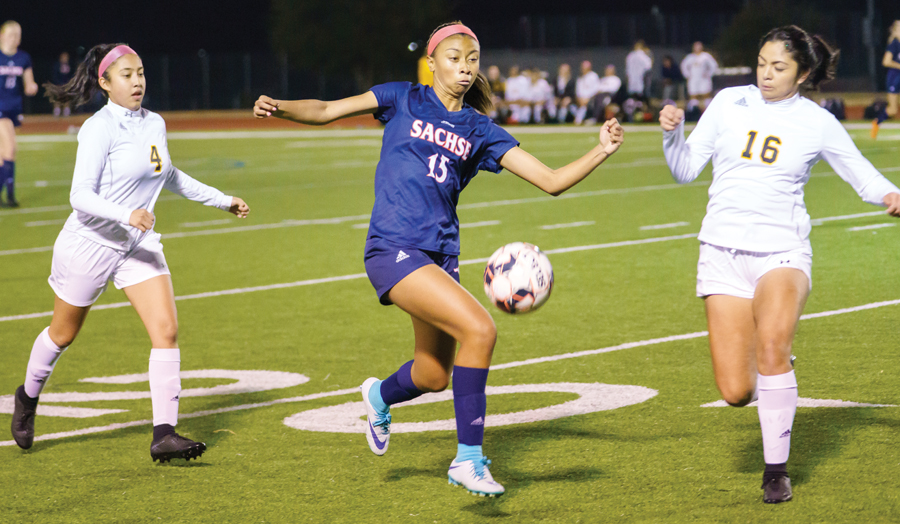 Sachse wins home matches