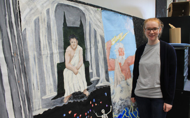 Art students paint legendary murals for prom