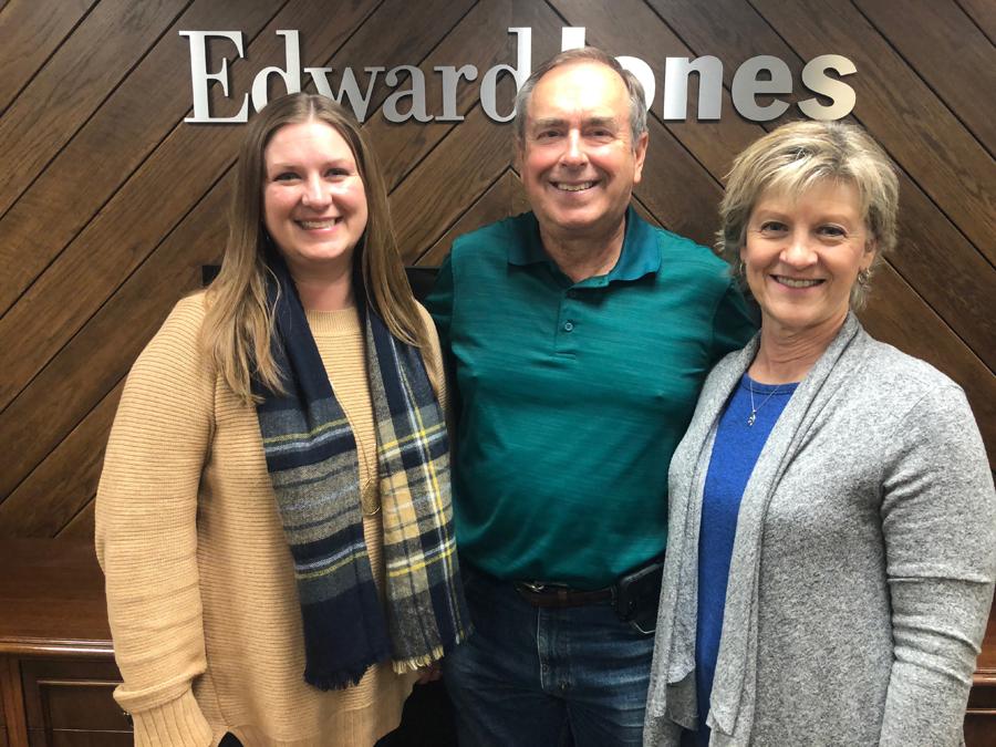 Local business leader retires