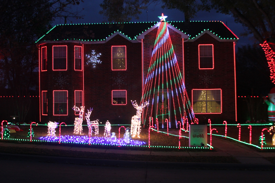 Family brings Christmas spirit to town