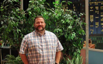 Teacher helps students build experience