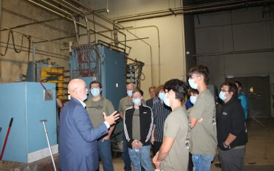Students receive peak inside Wylie manufacturers